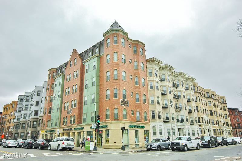 90 Westland Ave - 2650USD / month