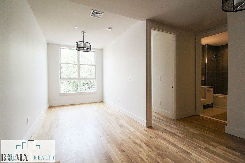 2028 Davidson Avenue, The Bronx, NY - $1,688