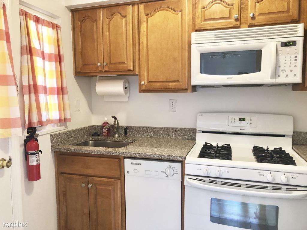 523 S Fayette St, Alexandria, VA - $2,500
