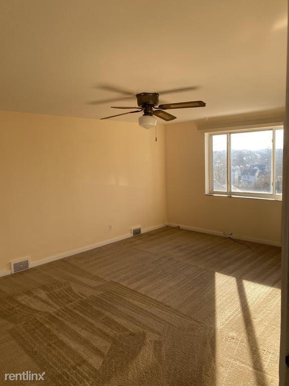 3301 Grover Street Unit D, Mckeesport, PA - $700