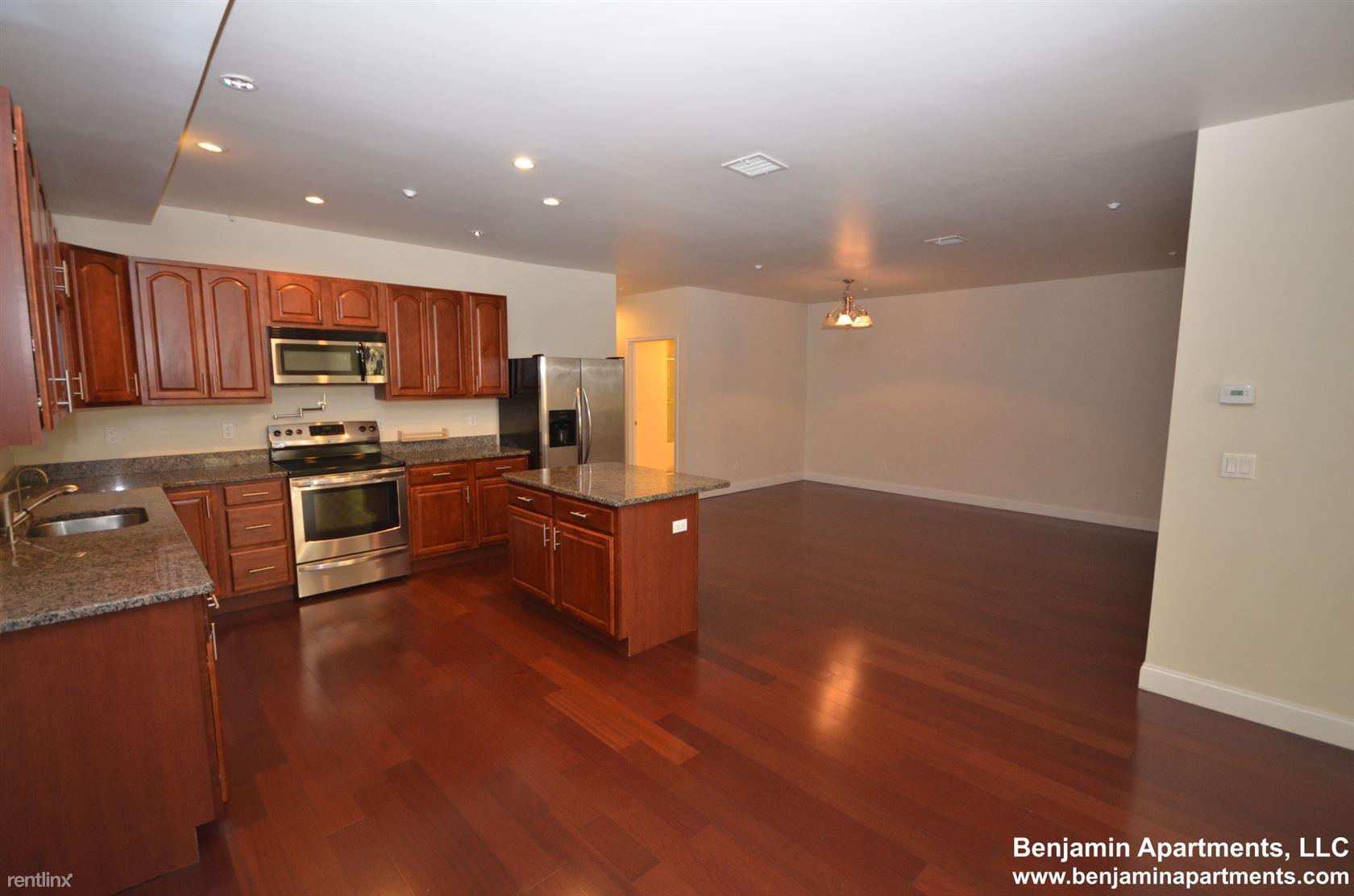 324 Broadway, Chelsea, MA - $2,150