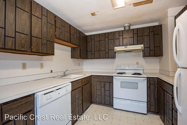 Sunset Villa 23122 76th Avenue W, Edmonds, WA - $1,495