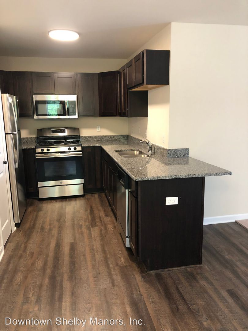 Apartment for Rent in Shelby Twp.