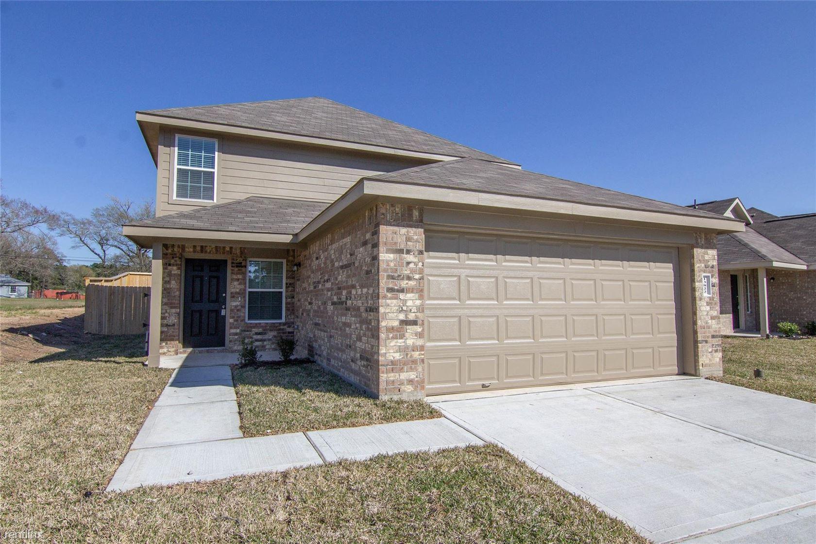 13822 Spring Meadows Ct, Willis, TX - $1,575