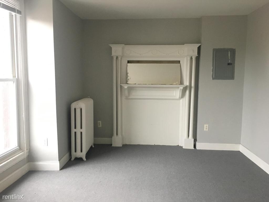 4706 Warrington Avenue 3, Philadelphia, PA - $1,600
