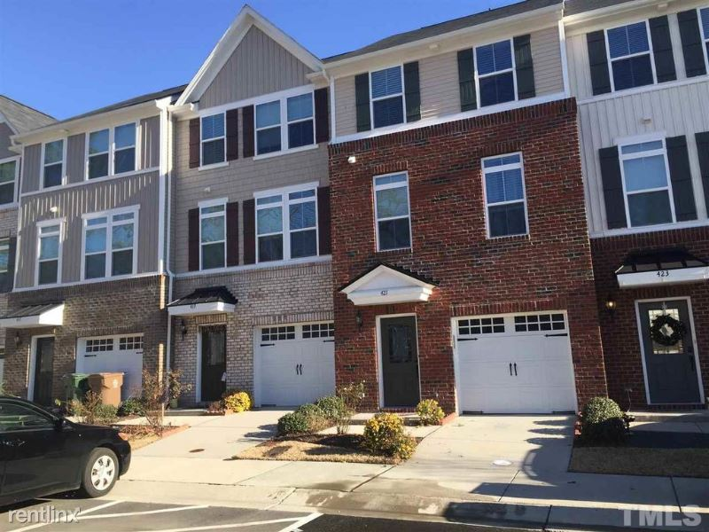 421 Berry Chase Way, Cary, NC - $1,695