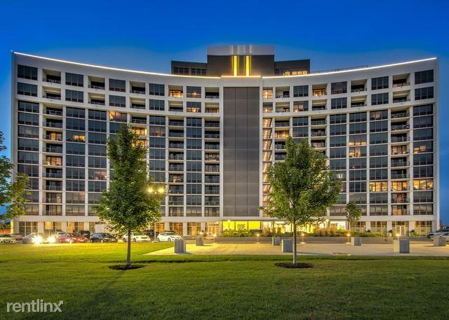 3400 W Stonegate BLVD Apt 407, Arlington Heights, IL - $1,699