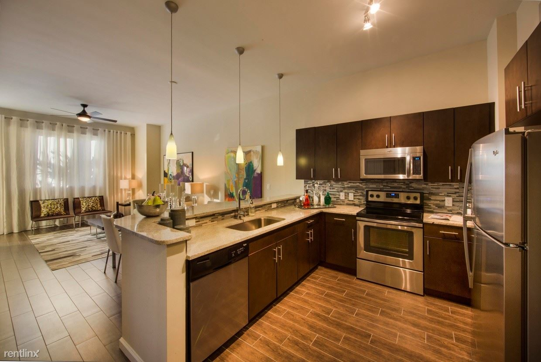 300 Granello Ave Apt 706, Coral Gables, FL - $3,700
