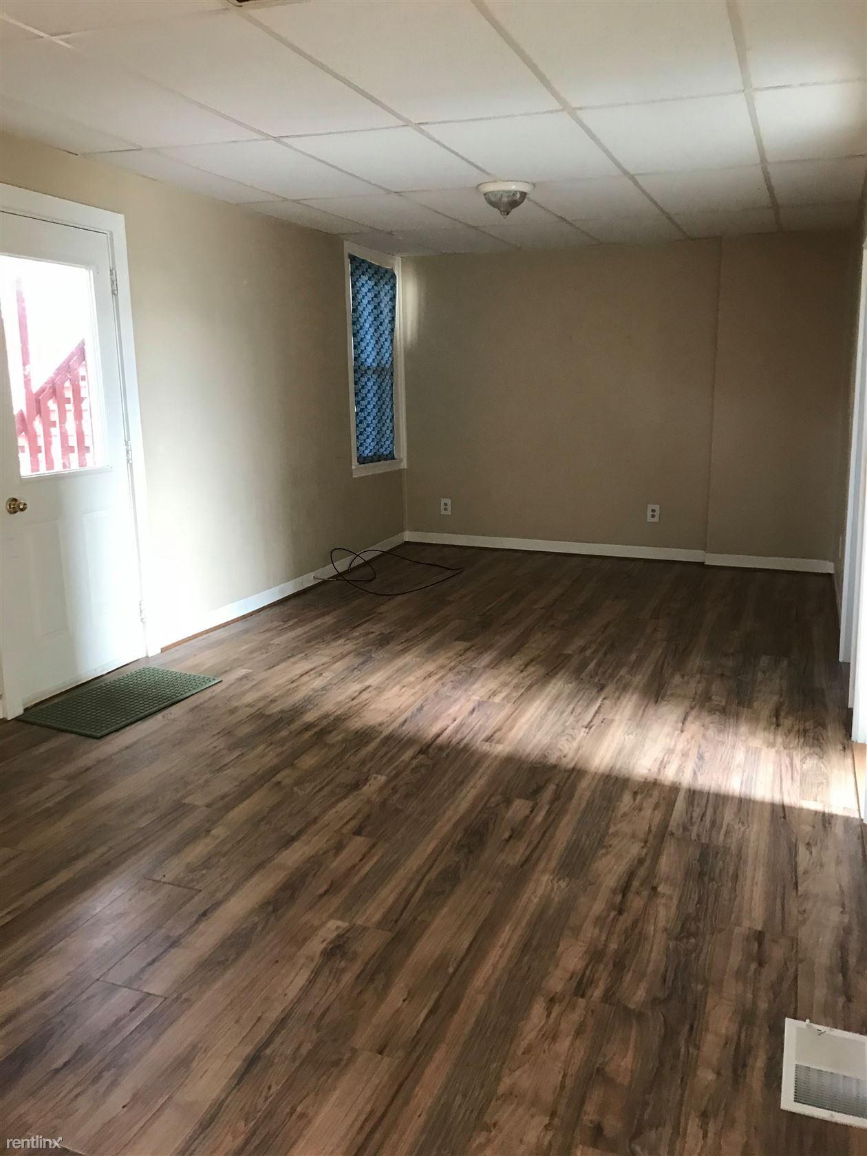 6801 Jefferson Rd, North Branch, MI - $1,204