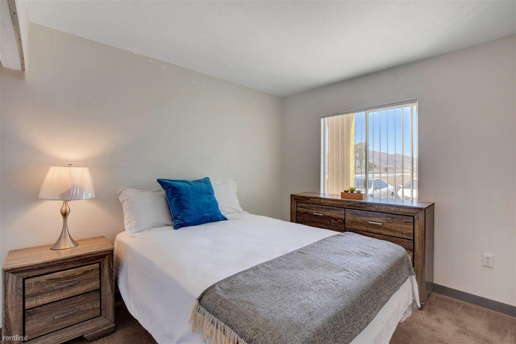 3625 Boulder Hwy, Las Vegas, NV - 1,225 USD/ month