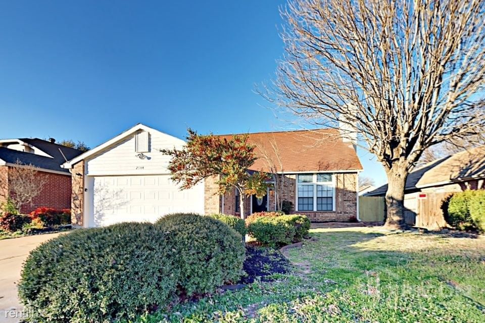 2544 Galemeadow Drive, Fort Worth, TX - $1,549