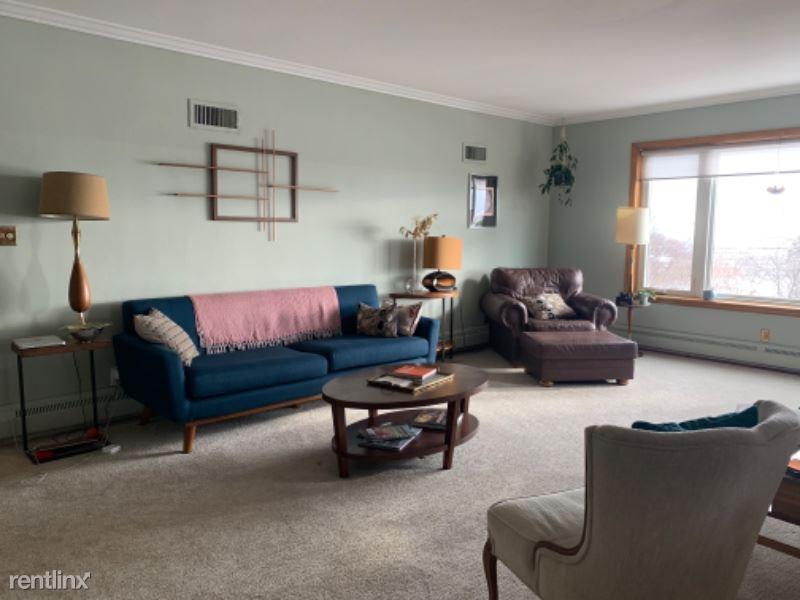 1722 N Prospect Ave, Milwaukee, WI - $2,795