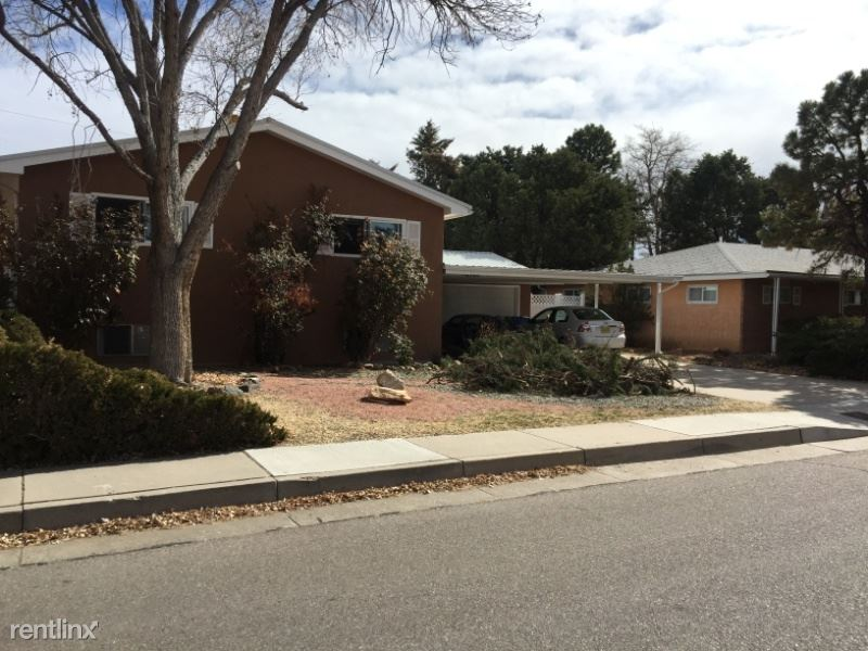 2900 Georgia St NE 1, Albuquerque, NM - $480