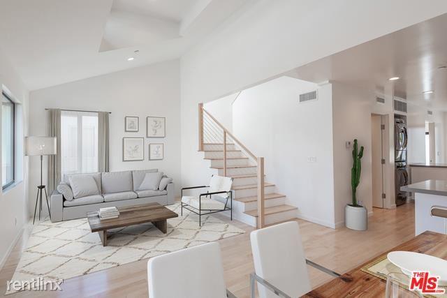 1306 Cabrillo Ave, Venice, CA - $8,500