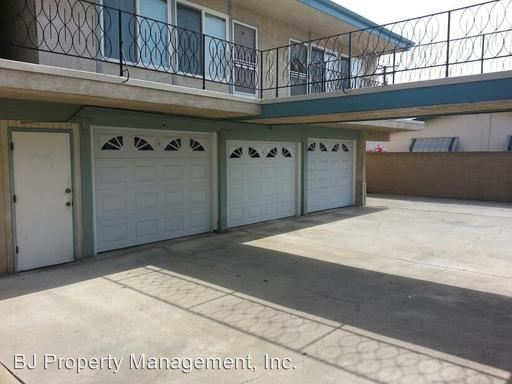 3921 Howard, Los Alamitos, CA - $250