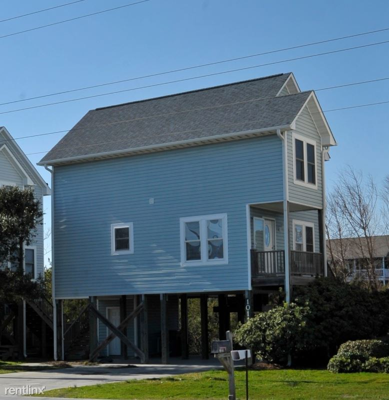 1011 S Topsail Dr, Surf City, NC - $1,500