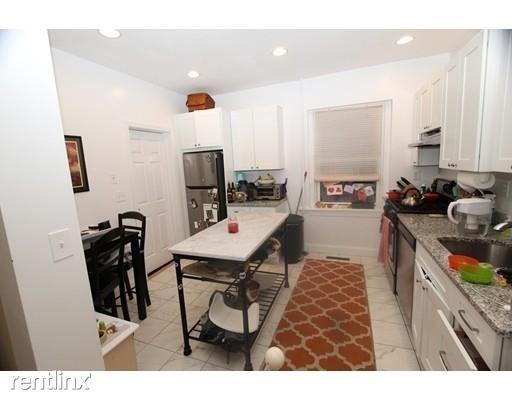 29 Linden Pl, Brookline, MA - $3,475