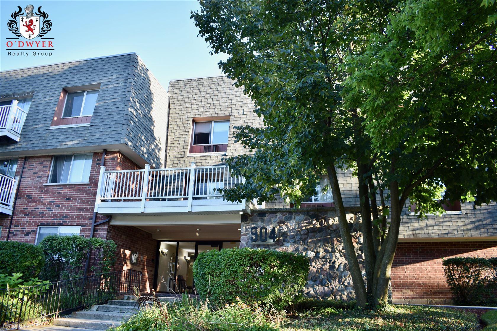 914 Ridge Sq Apt 107, Elk Grove Village, IL - $960