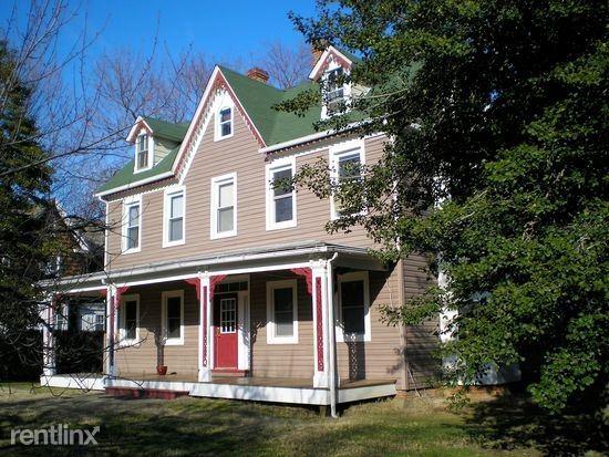 121 Washington Ave, Chestertown, MD - $1,050