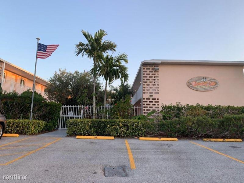 211 Circle drive 28, Cape Canaveral, FL - $1,000