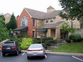 One Derby Trace Apt 93309-2 - 1363USD / month