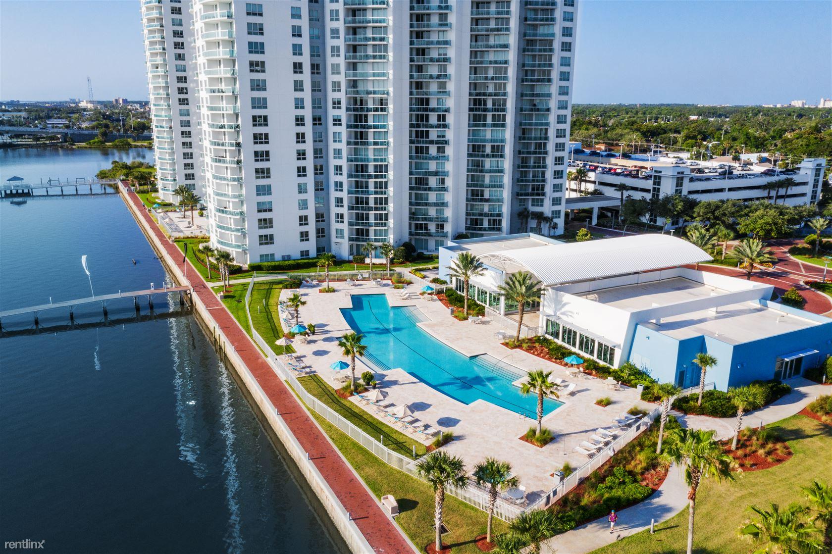 241 Riverside Dr Unit 307, Holly Hill, FL - $1,950