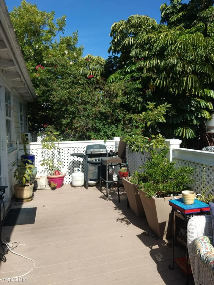 904 Duval St, Key West, FL - $7,500