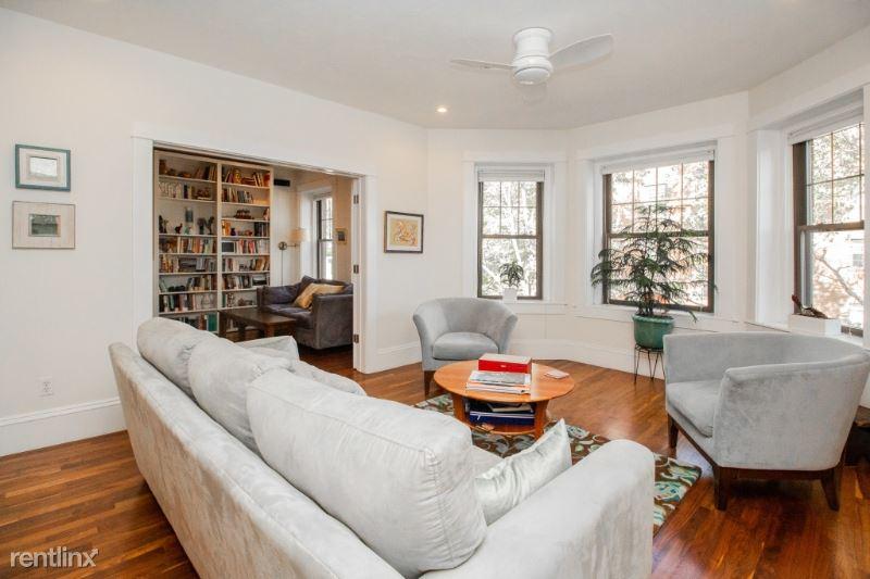 49 Alton Pl 2, Brookline Village, MA - $5,500