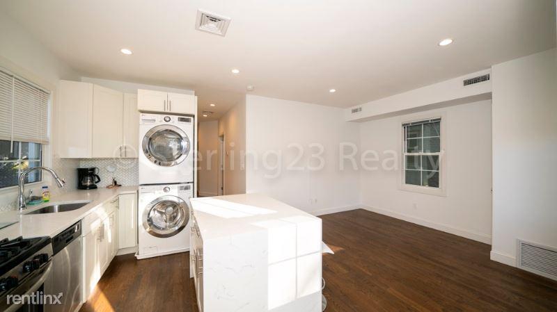 22-42 74th street 1, Flushing, NY - $2,700