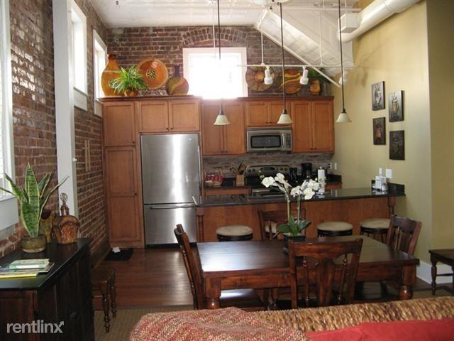 4 Beaufain St 205, Charleston, SC - $2,800