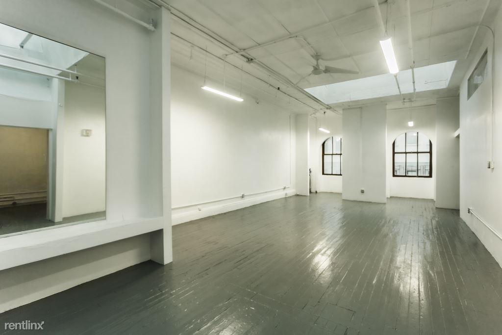 20 Murray St, New York, NY - $7,600