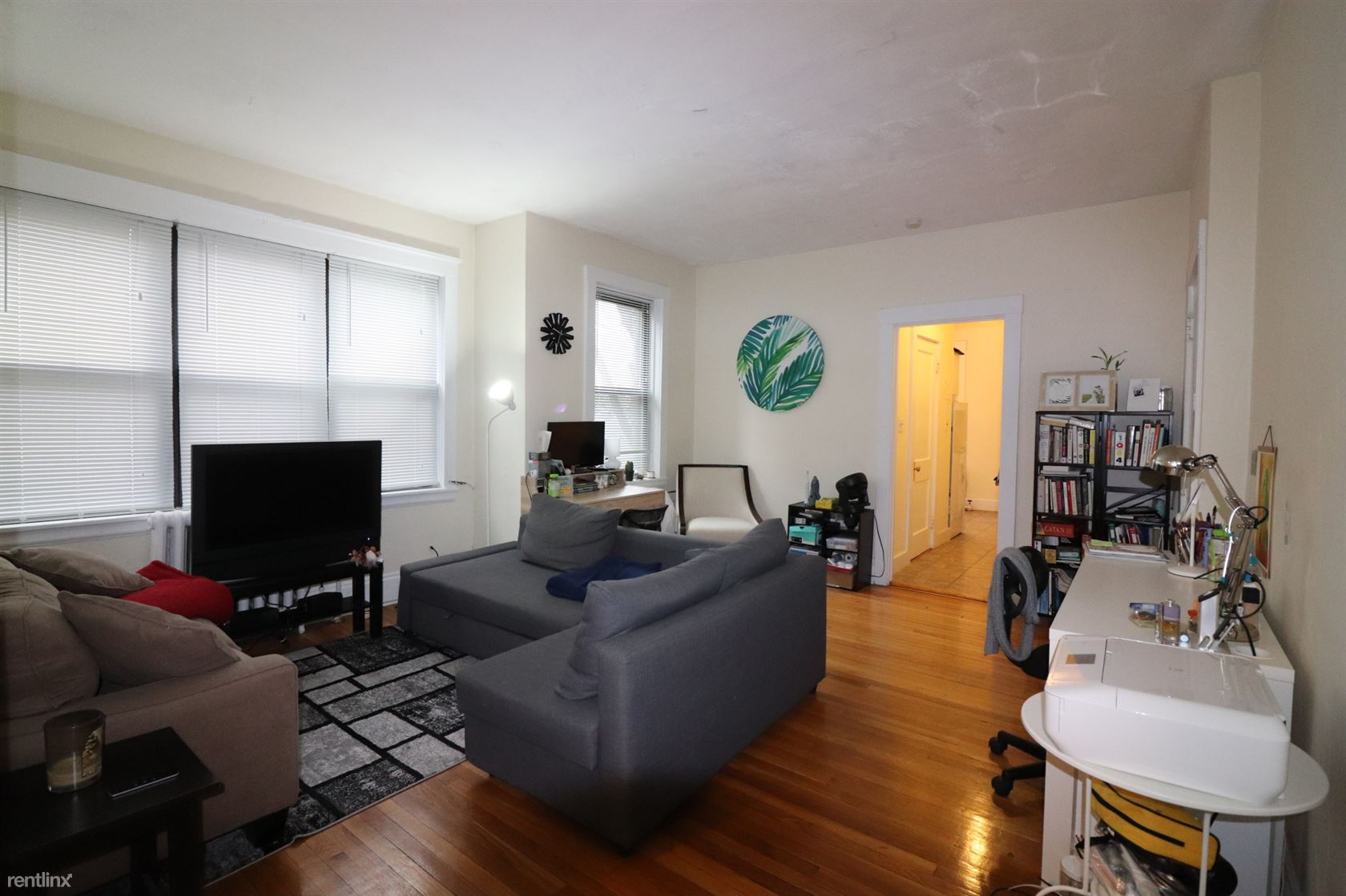 122 Babcock St # 3F, Brookline, MA - $2,195