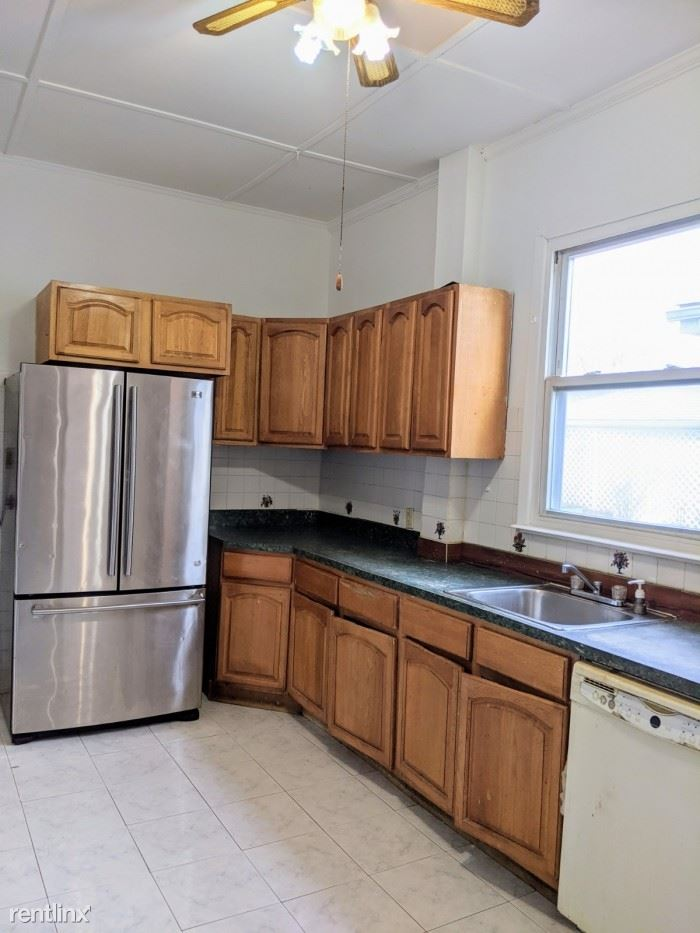 Convent Ave, Yonkers, NY - $2,700