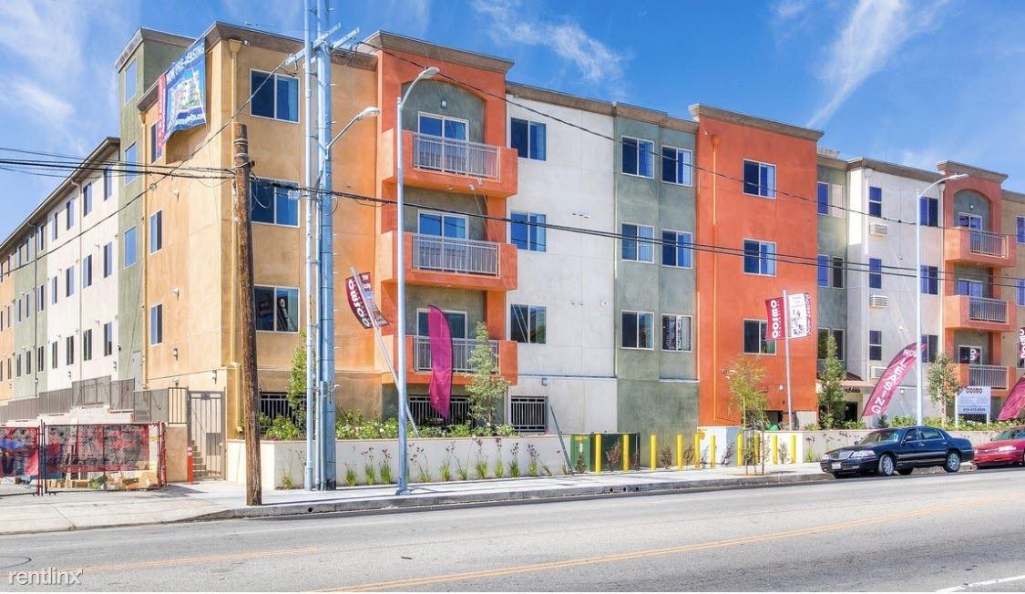 12455 San Fernando Rd, Sylmar, CA - $1,500 USD/ month