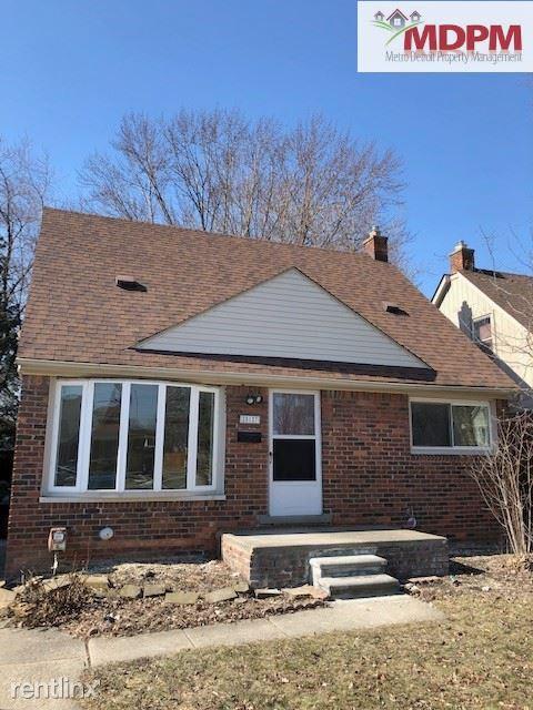 28127 Joan St, Saint Clair Shores, MI - $1,400