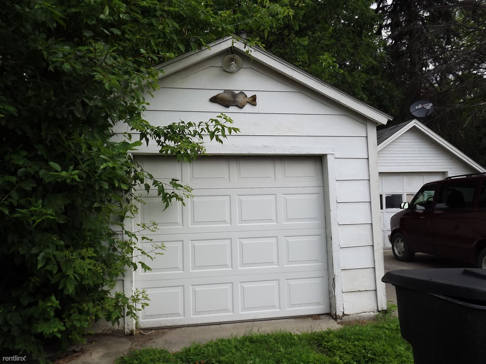 1617 University Ave, Grand Forks, ND - 1,600 USD/ month