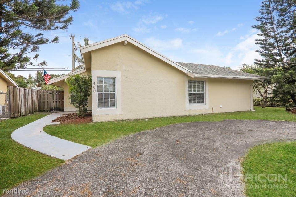 400 SW 81 Terrace, North Lauderdale, FL - $1,849