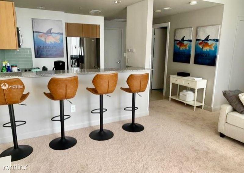 1050 Brickell Ave, Miami, FL - $1,850