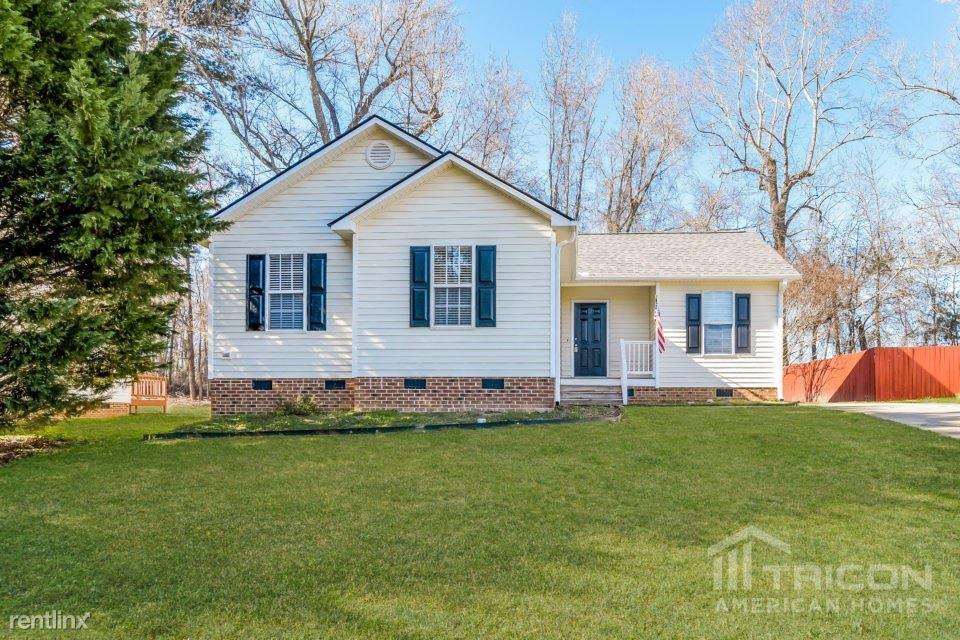 149 Cambridge Elm Drive, Clayton, NC - $1,249
