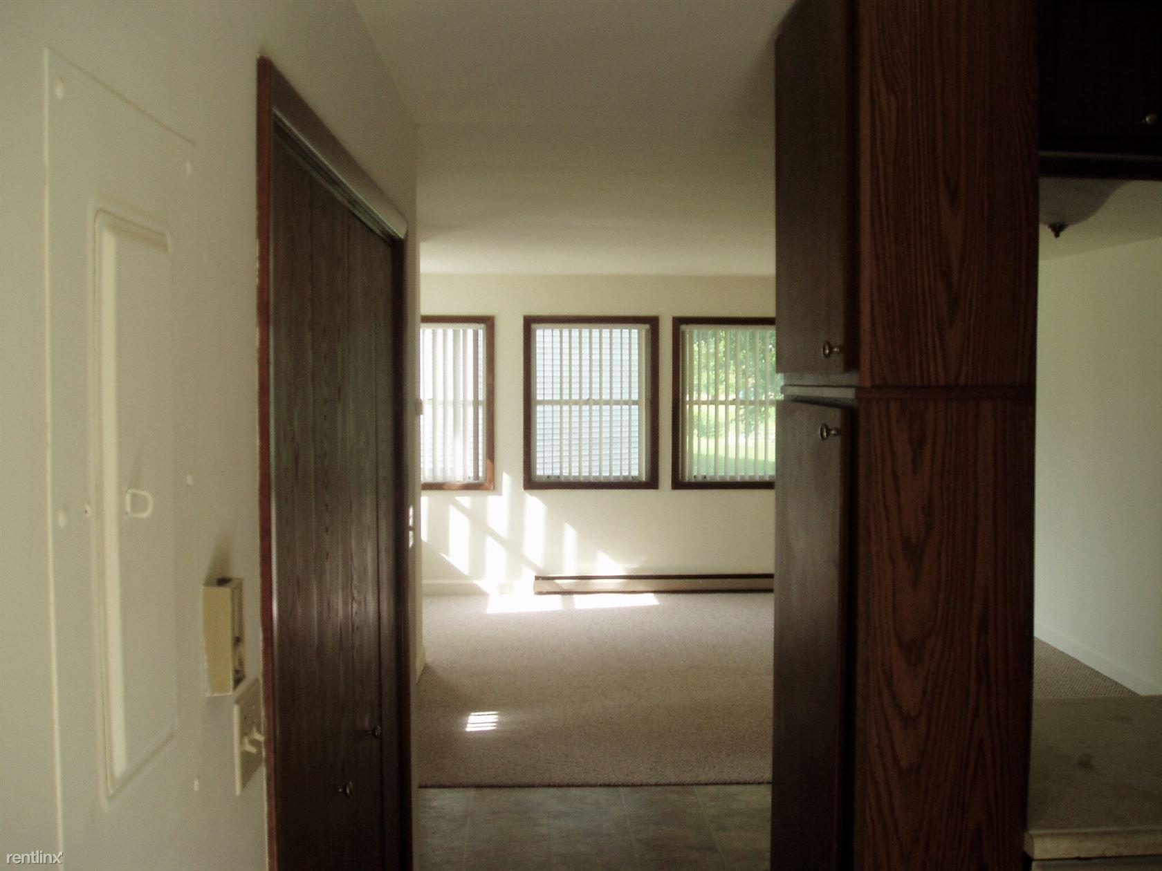 901 Hartwell Drive, Savoy, IL - $765