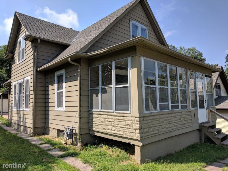 4663 Marcy St, Omaha, NE - $1,375