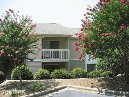 1227 10th St Blvd NW, Hickory, NC - $785