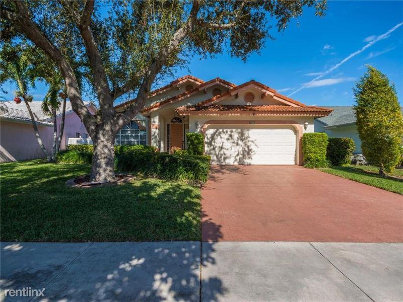 411 SE 7th St, Dania, FL - $3,500