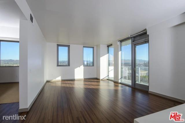 3033 Wilshire Blvd Apt 1702, Los Angeles, CA - $9,449