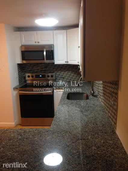 39 Englewood Ave Apt 2, Brighton, MA - $1,675