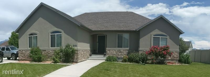 646 N Badger Lane, Saratoga Springs, UT - $2,200