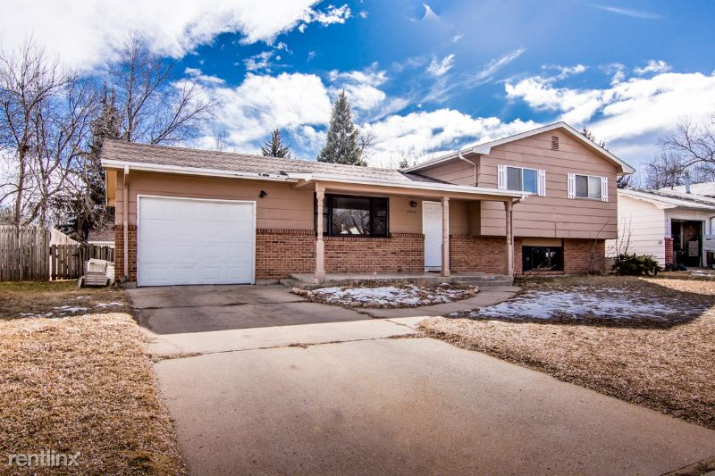 1717 West Lake St, Fort Collins, CO - $2,700