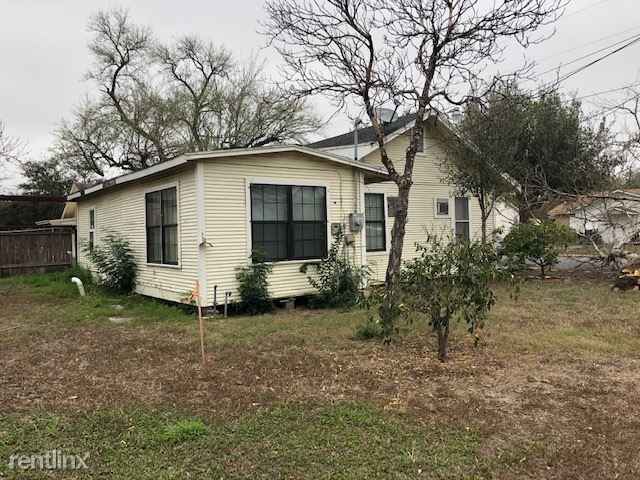 613 N 3rd St, Harlingen, TX - $700
