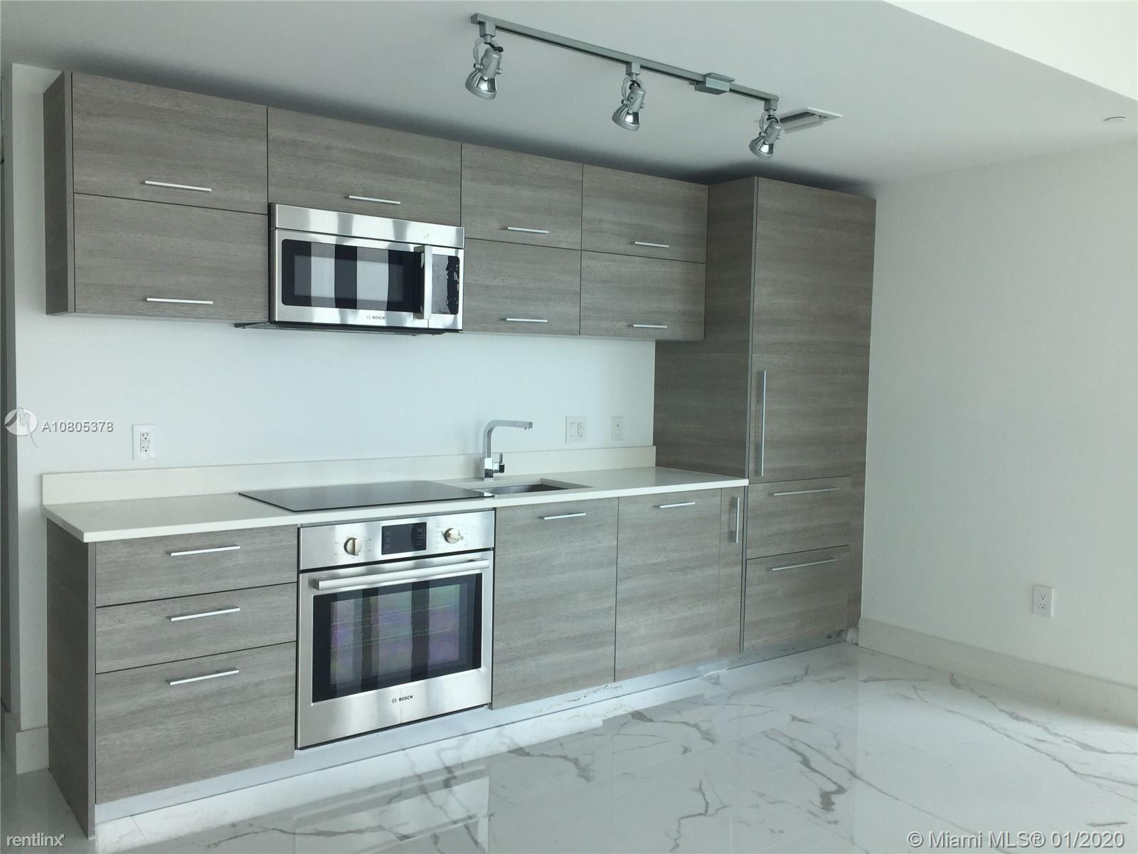 650 NE 32nd St Unit 2707, Miami, FL - $3,200