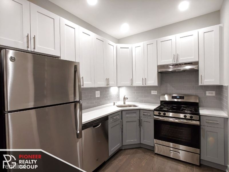 3054 N Greenview Ave 2, Chicago, IL - $2,350